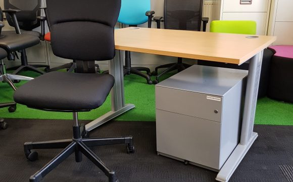 second hand office furniture in London